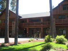 Five Pine Lodge, Sisters, Oregon voted the best resort in the state.
