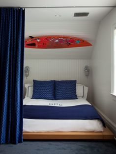 coastal bedroom | Amanda Nisbet