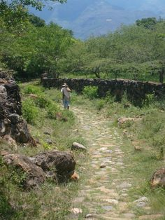 The trail from Barichara to Guane Colombia dates back to era of Spanish conquistadors, and is thus called El Camino Real.