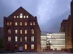 Pratt Institute, Higgins Hall Insertion -  Brooklyn, NY - Architect: Steven Holl