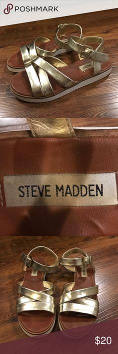 Sandals Gold sandals size 7. Steve Madden. Steve Madden Shoes Sandals