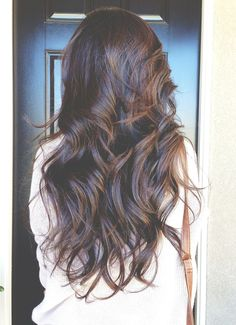 This is some of the most gorgeous hair I've ever seen!! (: LOVE!