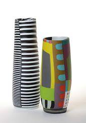 Advantages of Using Pottery for Interior Design Glass Vessel, Glass Ceramic, Ceramic Pottery, Pottery Art, Glass Art, Pottery Painting, Ceramic Painting, Ceramic Artists, Keramik Design
