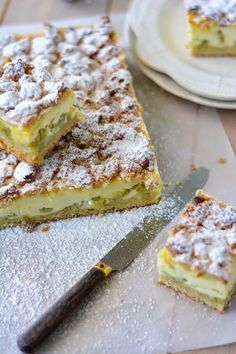 Rhubarb pastry squares – Famous Last Words Top Recipes, Sweet Recipes, Cake Recipes, Dessert Recipes, Desserts With Biscuits, Thermomix Desserts, Rhubarb Recipes, Rhubarb Pie, Rhubarb Squares