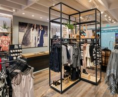Earlier this year Brown Studio completed its latest UK collaboration with Warehouse in Canary Wharf - a development of the concept first trialed in Leeds & Oxford St London & winner of the Retail Focus award for best store concept 2015.