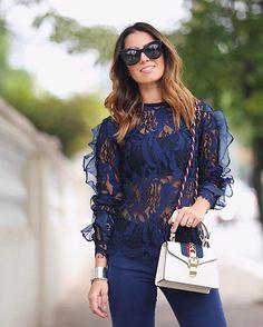 Bom dia  #goodvibesonly De pertinho pra mostrar detalhes dessa blusa @lnbrand que estou ! #ootd #spfw #qgfhits @fhits