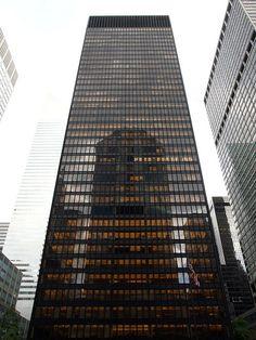 Mies van der Rohe, Seagram Building