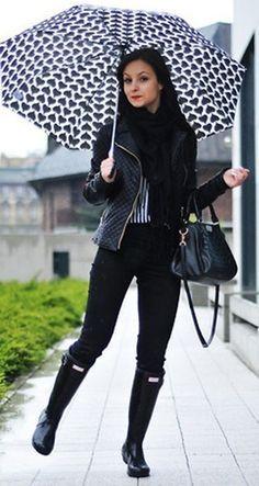 Galochas femininas: como usar e onde comprar « dona giraffa moda para chuva, galochas Rain Day Outfits, Fall Outfits, Casual Outfits, Fashion Outfits, Womens Fashion, Outfit Winter, Rainy Day Fashion, Winter Fashion, Rainy Day Outfit For Work