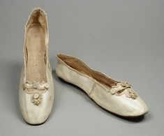 Pair of Woman's Slippers England or United States, circa 1810 Costumes; Accessories Kid leather, leather, linen, silk satin 8 7/8 x 2 1/4 x ...