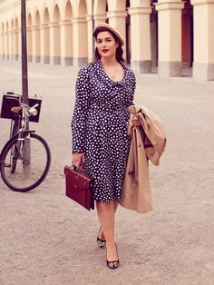 Plus-Size-Herbst Outfit ladylike Curvy Women Fashion, Plus Size Fashion, 1940s Fashion, Vintage Fashion, Vintage Dresses, Vintage Outfits, Plus Size Sewing Patterns, Burda Patterns, Shirt Dress Pattern