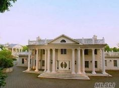 """this was Victoria """"Growing up Gotti"""" house.  amazing"""