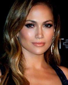 Ideas Wedding Makeup Natural Latina Jennifer Lopez For 2019 - Wedding Makeup Celebrity Jennifer Lopez Sans Maquillage, Jennifer Lopez Makeup, Natural Wedding Makeup, Natural Makeup Looks, Bridal Makeup, Jlo Makeup, Braut Make-up, Celebrity Makeup, Celebrity Eyebrows
