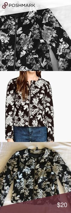 """H&M Floral Bomber Quilted black and white bomber jacket with two hand pockets, pockets still sewn shut. 22"""" long, lined. Labeled an 8, fits like a small.   ~CONDITION: Excellent   No Trades ✅ Discounted Bundles ✅ Reasonable Offers Divided Jackets & Coats"""