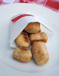 Cinnamon Sugar Pretzel bites: AMAZING!  REDONE:  http://pintrestchallenge.blogspot.com/2013/02/cinnamon-sugar-soft-pretzels.html