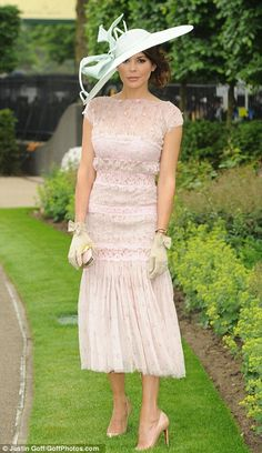 Katherine Jenkins leads the style set as glamorous racegoers descend for day one of Royal Ascot (and the fashion police are back to keep an eye on any dress code offenders) Ascot Outfits, Ascot Dresses, Derby Outfits, Fashion Outfits, Women's Fashion, Melbourne Cup Fashion, Katherine Jenkins, Kentucky Derby Fashion, Kentucky Derby Hats