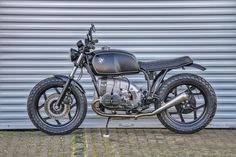 Cars Discover SE BMW Concept Bikes - www. Bmw Cafe Racer, Custom Cafe Racer, Cafe Racers, Brat Bike, Enduro Motorcycle, Cafe Racer Motorcycle, R65, Futuristic Motorcycle, Retro Motorcycle