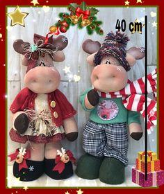 Christmas 2019, Christmas Crafts, Christmas Ornaments, Decorating With Christmas Lights, Christmas Decorations, Felt Crafts, Diy And Crafts, Jingle Bells, Ceramic Christmas Trees