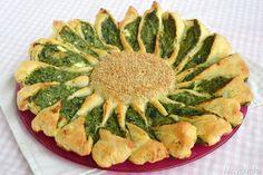 Torta fiore ricotta e spinaci, scopri la ricetta: http://www.misya.info/ricetta/torta-fiore-ricotta-e-spinaci.htm