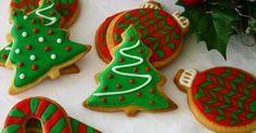 Ya huele a Navidad y hay que ir preparando delicias para esas fechas como estas bonitas galletas que nos enseñan a hacer desde el blog CÓDIGO COCINA.