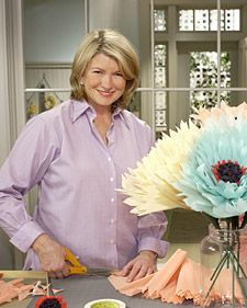 Oversize crepe-paper blooms--video - this may be the only way that I'd put Martha next to Georgia.. :)