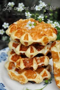 Vanilla Lige waffles my way Doria s cuisine Waffle Recipes, Snack Recipes, Cooking Recipes, Apple Snacks, Birthday Brunch, Biscuits, Pancakes And Waffles, Sweet Recipes, French Recipes