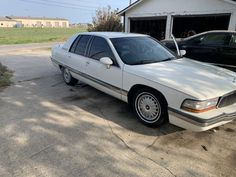 1992 Buick Roadmaster For Sale for Sale in Corpus Christi, TX - OfferUp Buick For Sale, Pioneer Radio, Buick Roadmaster, New Starter, Side Window, New Tyres, Front Brakes, Leather Interior, Corvette