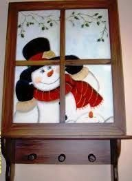 Resultado de imagen para ideas en mdf para diciembre Christmas Rock, Christmas Sewing, Christmas Images, Christmas Projects, Christmas Snowman, Christmas Ornaments, Painted Window Art, Arte Country, Pintura Country