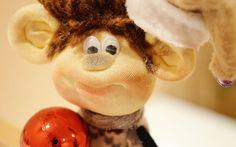 Кукла из колготок Обезьянка символ 2016 года / how to make a monkey doll...
