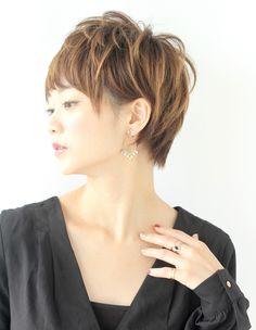ミセス・大人女子マイナス5歳若くするショート(KE-541) | ヘアカタログ・髪型・ヘアスタイル|AFLOAT(アフロート)表参道・銀座・名古屋の美容室・美容院