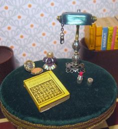 Miniature dollhouse lamp - tutorial for how to make 2 styles from gum blister wrap, paper clips, jewellery fixings