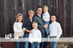 family of 6 pose