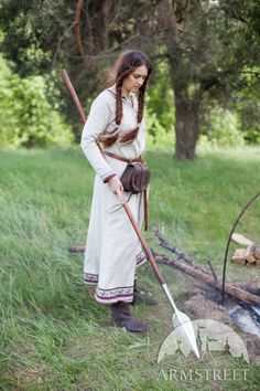 """Viking Natural Linen Dress """"Eydis the Shieldmaiden"""". Available in: natural flax linen, olive green flax linen :: by medieval store ArmStreet Viking Dress, Viking Costume, Medieval Costume, Viking Clothing, Historical Clothing, Festivals, Vikings, Leather Bracers, Shield Maiden"""