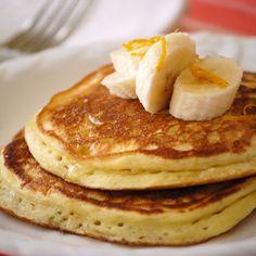 Orange Ricotta Pancakes for Breakfast Breakfast Desayunos, Breakfast Dishes, Breakfast Recipes, Crepes And Waffles, Ricotta Pancakes, Ricotta Cake, Great Recipes, Favorite Recipes, Brunch Recipes