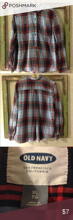 Old Navy Button up plaid shirt. Size XL Old Navy Button up plaid shirt. Size XL Old Navy Tops Button Down Shirts