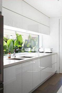 108 Amazing White Kitchen Decor and Design Ideas Tropical Kitchen, Kitchen Drawing, Home Decor Kitchen, Interior, Kitchen Remodel, Kitchen Decor, Modern Kitchen, Home Renovation, Kitchen Window Design