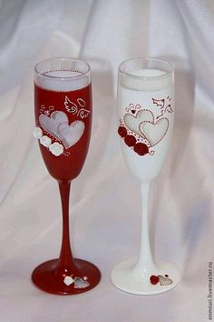 19 painted wine glass ideas to try this season do it yourself 129328961090184884366447343327612056813160ng 512768 wine glass craftswedding solutioingenieria Image collections