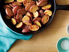 Crisp Roasted Potatoes http://www.prevention.com/food/cook/simple-recipes-from-mark-bittman/crisp-roasted-potatoes