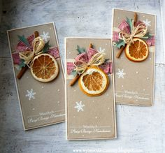 Gift tags with dried orange.. WYTWÓRNIA MAMUTY: Z pomarańczką i cynamonem Handmade Christmas Crafts, Christmas Card Crafts, Noel Christmas, Christmas Wrapping, Christmas Decorations, Chrismas Cards, Christmas Greeting Cards, Holiday Cards, Paper Crafts Origami