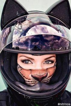 Cute Cat Motorcycle Helmets Keep The Sweetest Biker Bad Asses Safe - Motorradfahrer - Motorrad Womens Motorcycle Helmets, Motorcycle Outfit, Bike Helmets, Motorcycle Girls, Lady Biker, Biker Girl, Motorbike Girl, Hot Bikes, Biker Chick