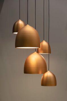 Golden lamps – Interior – Modern Home interior Design Kitchen 101 Modern Home Interior Design, Beautiful Interior Design, Urban Living, Room Lamp, Minimalist Home Decor, Antique Lighting, Cool Lighting, Lighting Design, Hanging Lights