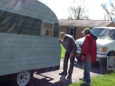 Buying the trailer and inspecting it.