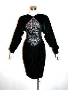 LANVIN PARIS Vintage velours robe noir dentelle pure Wiggle - authentique-