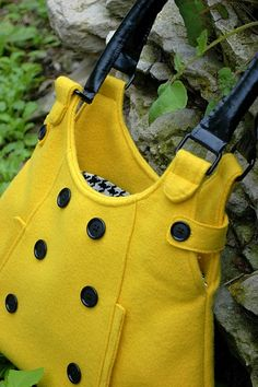 Never wanted to sew a bag until I saw this one. She promises the tutorial is coming soon.