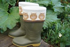 Knitted lambswool boot topper or cuff with cute owl design