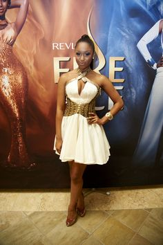 Minnie Dlamini Red Fashion, Red Carpet Fashion, Unique Fashion, Fashion Beauty, Glam Dresses, Petite Dresses, Beautiful South African Women, Beautiful Ladies, Dress Out