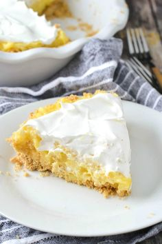 A quick and easy recipe for creamy Pineapple Pie that only takes about 5 minutes to make and only needs 5 ingredients.