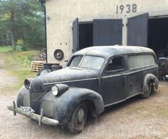 Very rare Volvo: from 1946 to 500 chassies where built, and they where made into pickup´s, ambulances, limousines, servi Volvo, Classic Cars Online, Barn Finds, Retro Cars, Station Wagon, Old Cars, Chevy, Antique Cars, Automobile