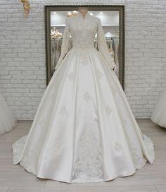 Beautiful Wedding Gowns, Elegant Wedding Dress, White Wedding Dresses, Beautiful Dresses, Wedding Hijab Styles, Muslim Wedding Dresses, Bridal Dresses, Bridal Dress Design, Engagement Dresses