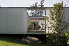 Dorte Mandrup Arkitekter — Summer house in Jørlunde Japanese Architecture, Residential Architecture, Contemporary Architecture, Landscape Architecture, Urban Farming, Tiny House Design, Open Up, Denmark, Outdoor Structures