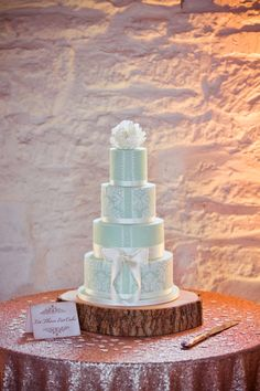 Lace Bow Button Cake Rustic Elegant Mint Gold Barn Wedding http://gemmagaskins.co.uk/